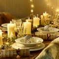 How to Decorate Your Dining Room For Christmas