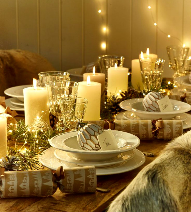 How to Decorate Your Dining Room For Christmas How to Decorate Your Dining Room For Christmas How to Decorate Your Dining Room For Christmas Christmas Table 091