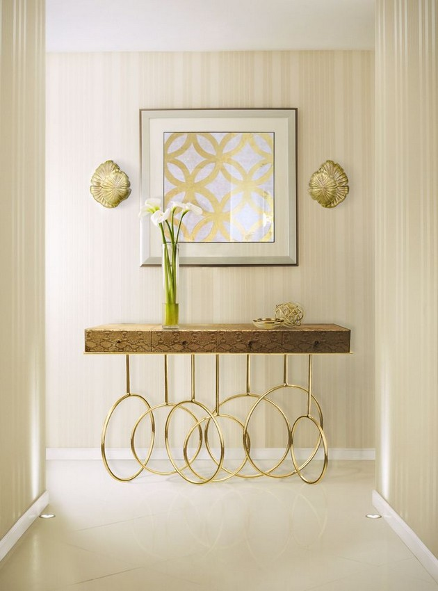 5 Innovative Ideas To Decorate Your Console Tables