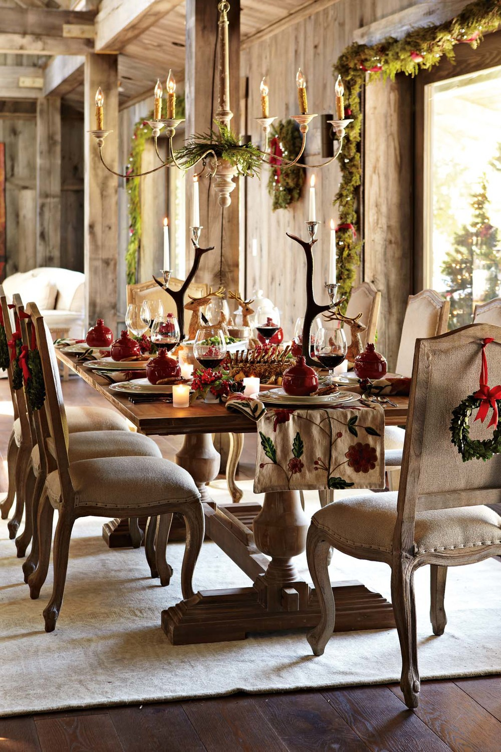 How to Decorate Your Dining Room For Christmas – Room ...