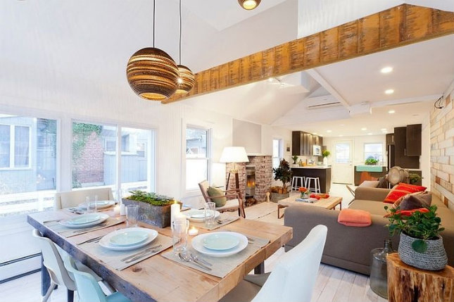 How to decorate your living room with a pendant light