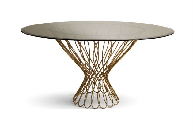 How to Decorate Your Round Dining Table for New Years Dinner how to decorate your round dining table for new years dinner How to Decorate Your Round Dining Table for New Years Dinner round dining table allure koket e1419961526727