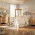 How to Decorate a Vintage Bedroom How to Decorate a Vintage Bedroom vr9 120x120