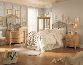 How to Decorate a Vintage Bedroom How to Decorate a Vintage Bedroom vr9 350x277