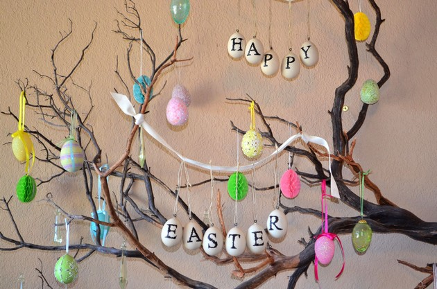 Living Room Ideas: Easter Decorating for your Living Room