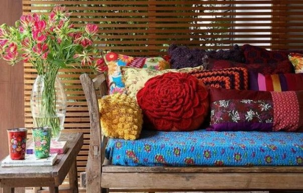 The Outdoor Living Room: Stylish Ideas for Porches