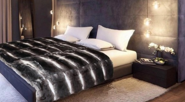 How to Decorate your Bedroom in 2016 Luxury Wall Lamps for Glamorous Bedroom Designs The Best Luxury Wall Lamps for Glamorous Bedroom Designs Room Decor Ideas How to Decorate your Bedroom for 2016 Bedroom Ideas Luxury Interior Design 2016 Trends 4 e1450692183453 603x333