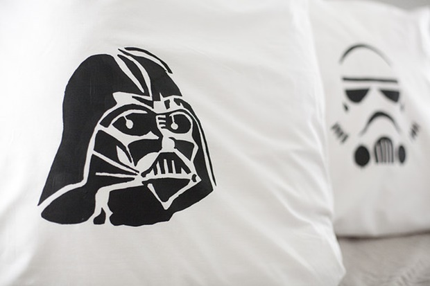 The Best Star Wars Decoration Ideas for Home Interiors Star Wars Decoration Ideas for Home Interiors The Best Star Wars Decoration Ideas for Home Interiors Room Decor Ideas Room Ideas Room Decoration Star Wars Star Wars Decoration 3