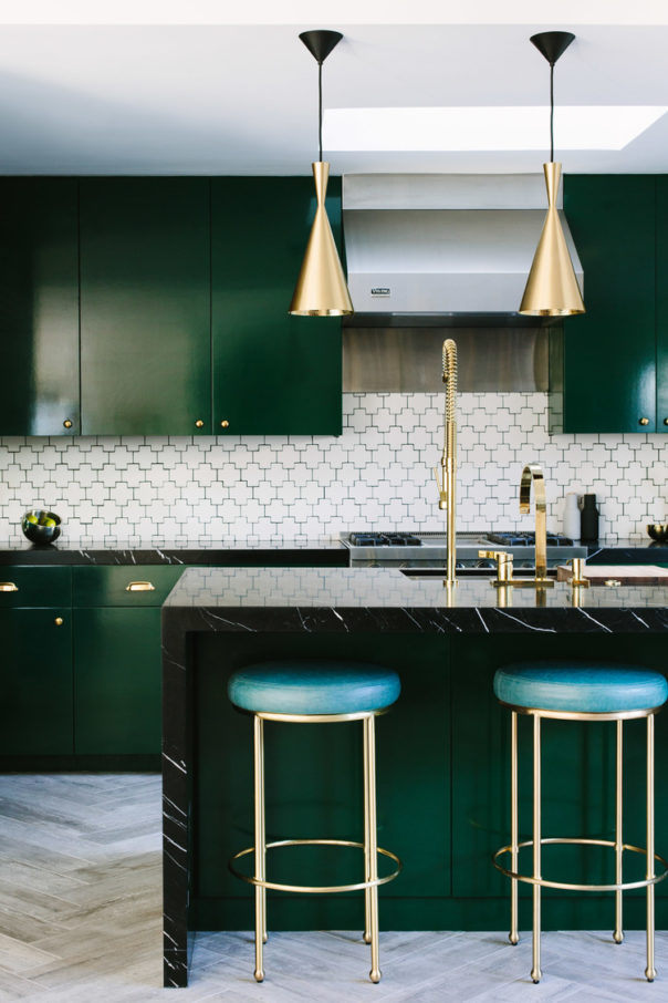 Trendy Color Schemes to Increase the Creativity trendy color schemes Trendy Color Schemes to Increase the Creativity Room Decor Ideas Trendy Color Schemes to Increase the Creativity Color Palette Home Decor Trends Room Decoration Green 1 e1470236341925