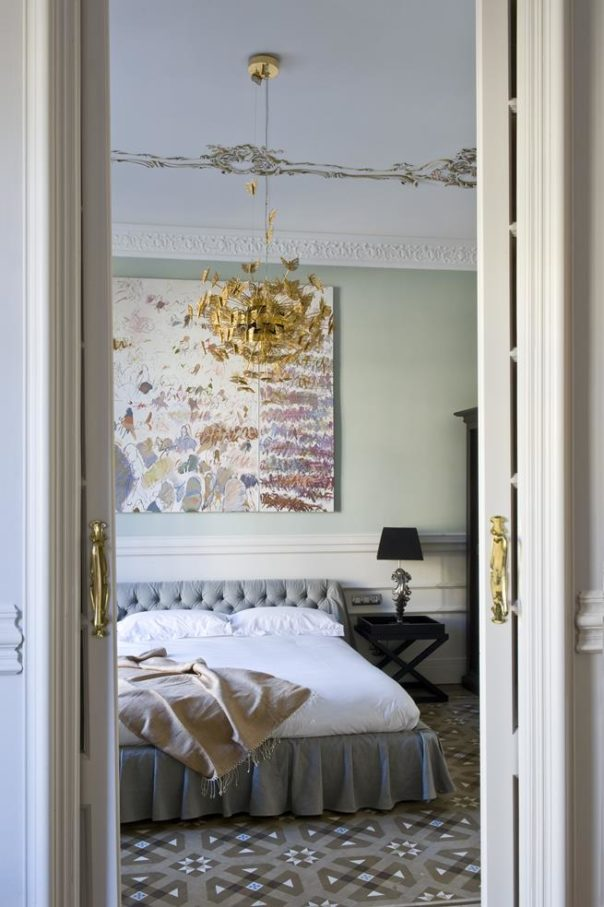 A Classic Apartment in Barcelona with a Luxury Interior Design Luxury Interior Design A Classic Apartment in Barcelona with a Luxury Interior Design Room Decor Ideas A Classic Apartment in Barcelona with a Luxury Interior Design Luxury Homes Room Decoration 5 e1473091116707