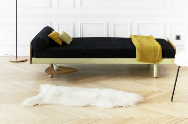 8 Stylish Approaches to Decorate with Velvet Fabric
