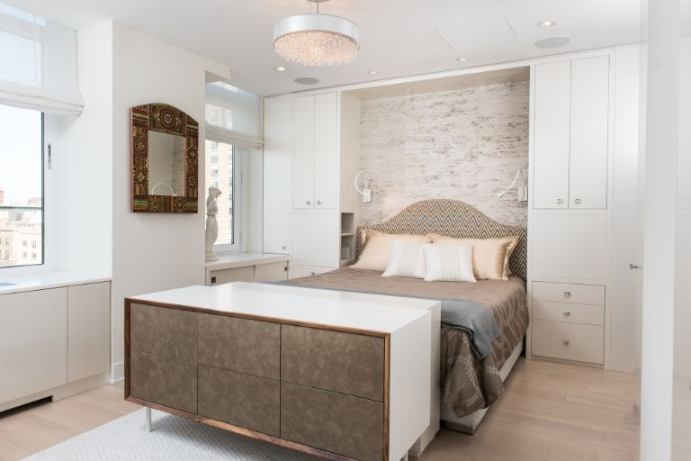neutral colors How to use Neutral Colors in your home by Elle Decor neutral colors bed 1490219378