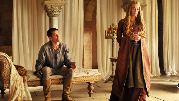 Game of Thrones Decors Interior Design: Get Inspired by These Game of Thrones Decors jaime and cersei