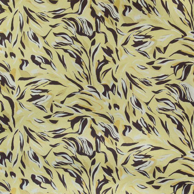 Interior Designer Kelly Hoppen Unveils 5 New Luxury Wallpaper Prints