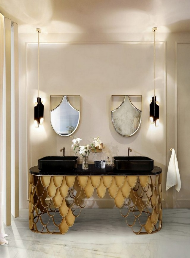 5 Amazing Luxury Wall Mirrors Perfect for Your Bathroom Decor