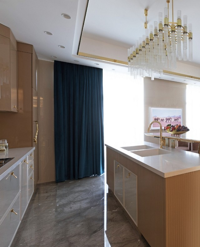 luxury kitchen Luxury Kitchen With Even More Luxurious Door Handles Luxury Kitchen With Even More Luxurious Door Handles 4