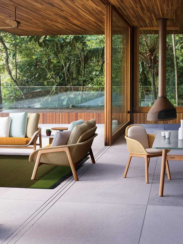 10 Awesome Luxury Outdoor Decor Brands to Follow