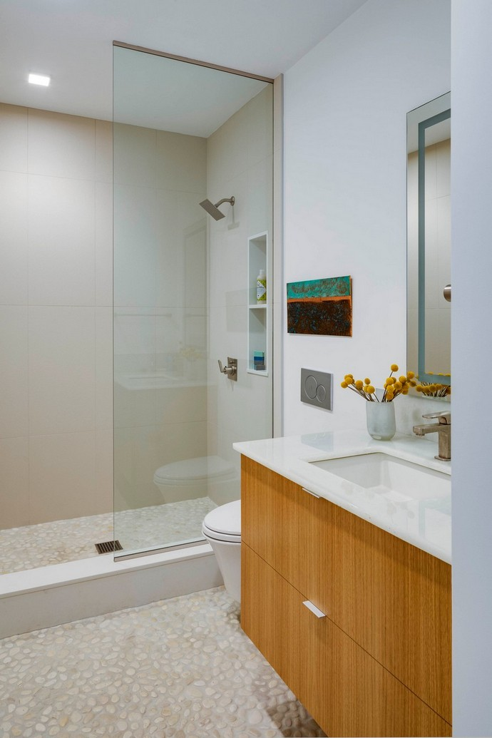 Check Out These Contemporary Bathroom Designs by Eleven Interiors Check Out These Contemporary Bathroom Designs by Eleven Interiors 4