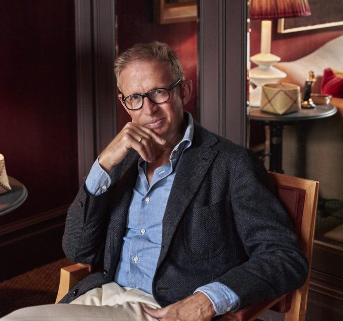 Best Interior Designers in the UK – Meet Douglas Mackie Best Interior Designers in the UK Meet Douglas Mackie 2