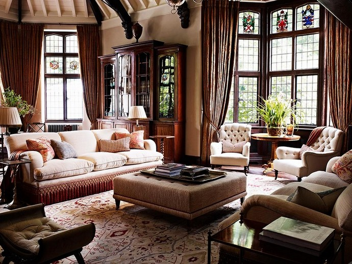 Best Interior Designers in the UK – Meet Douglas Mackie Best Interior Designers in the UK Meet Douglas Mackie 3